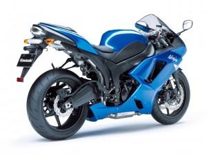 Kawasaki_NINJA_ZX-6R_-2008